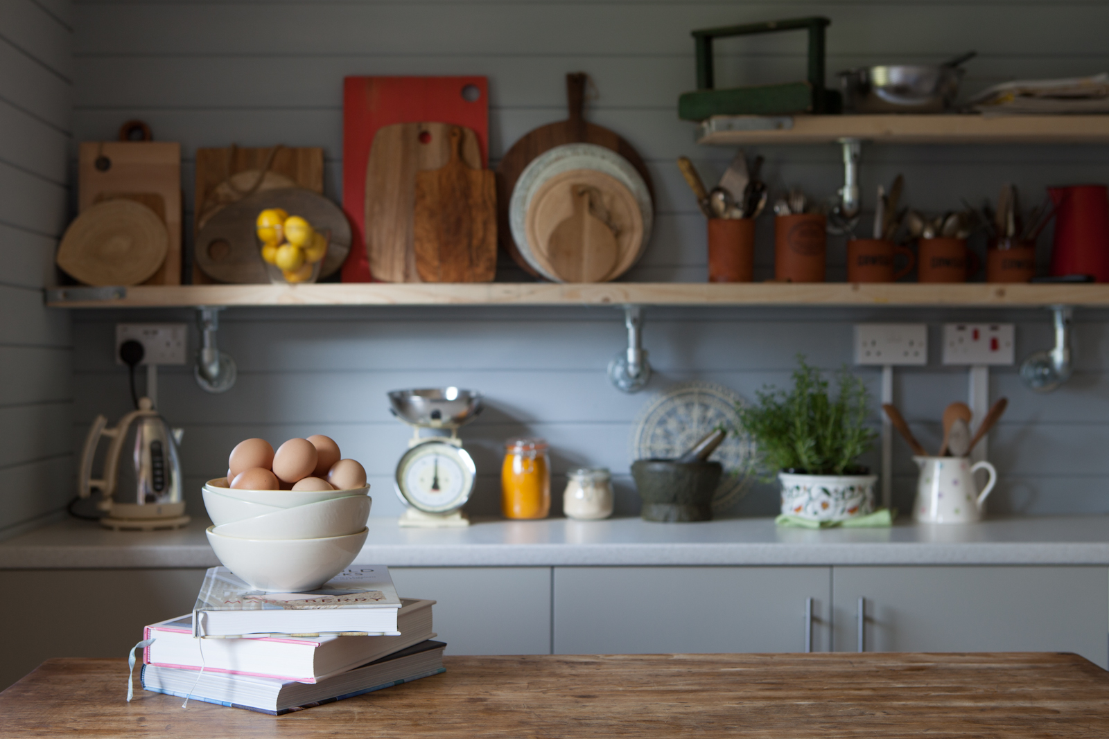Food Photography Studio with Kitchen and accessories