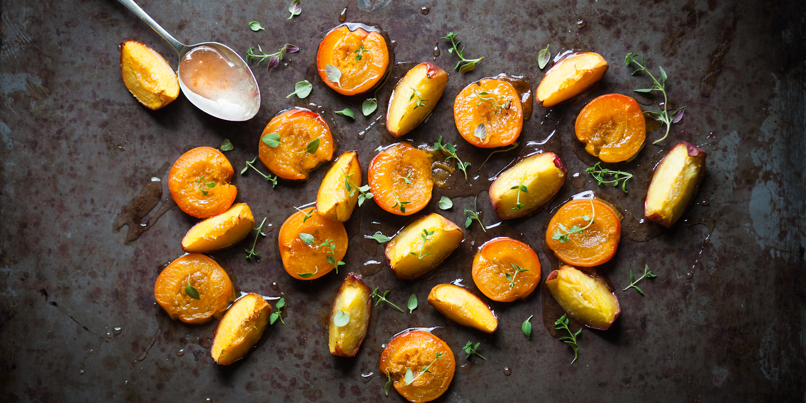 Delicious Roasted Apricots & Peaches with Thyme